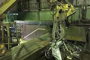 スチール製のロッカー・机などの什器類